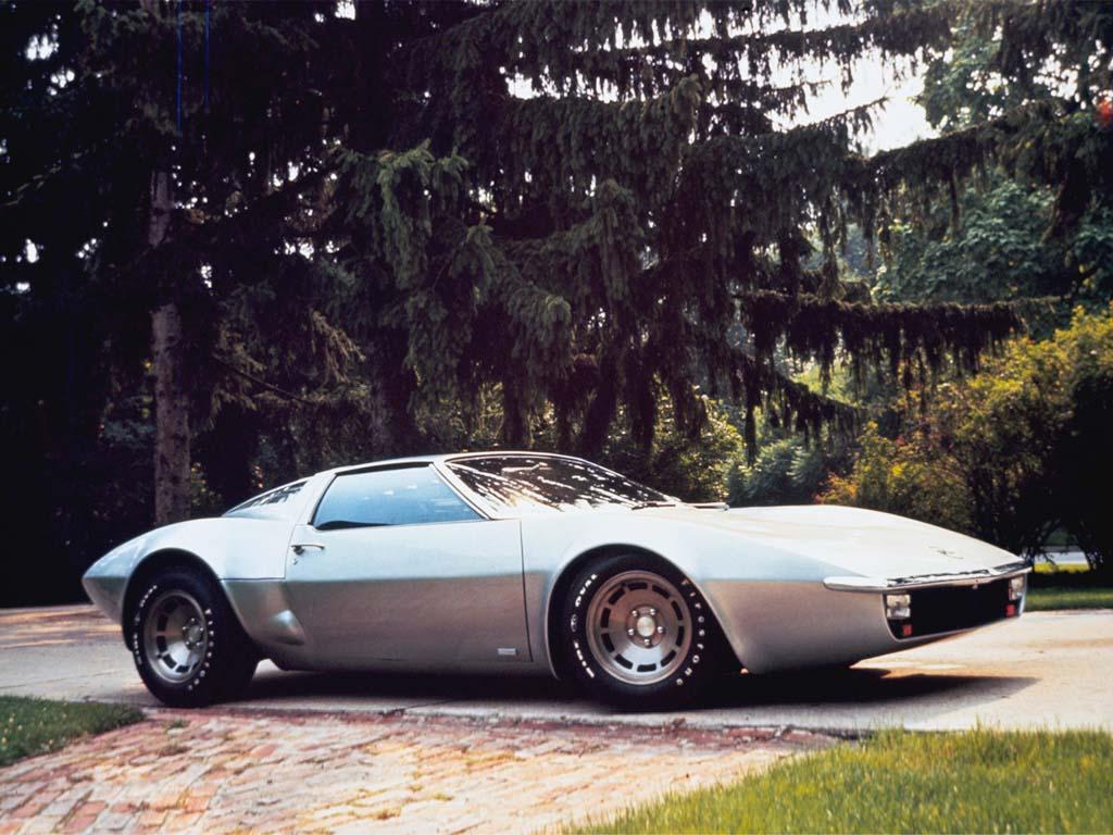 1970_Chevrolet_CorvetteXP882Concept1