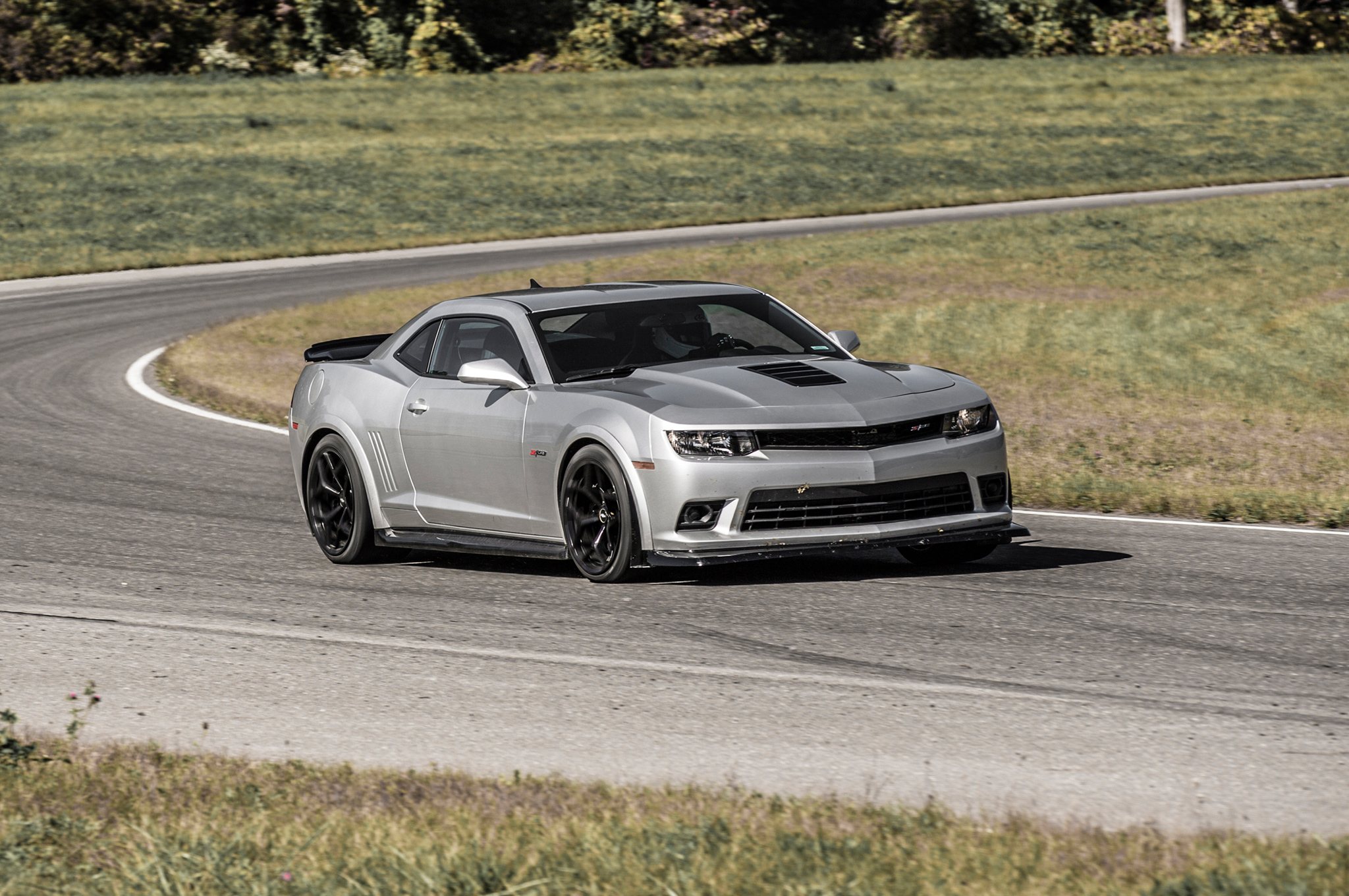 2014 chevrolet camaro z28 at nurburgring right front