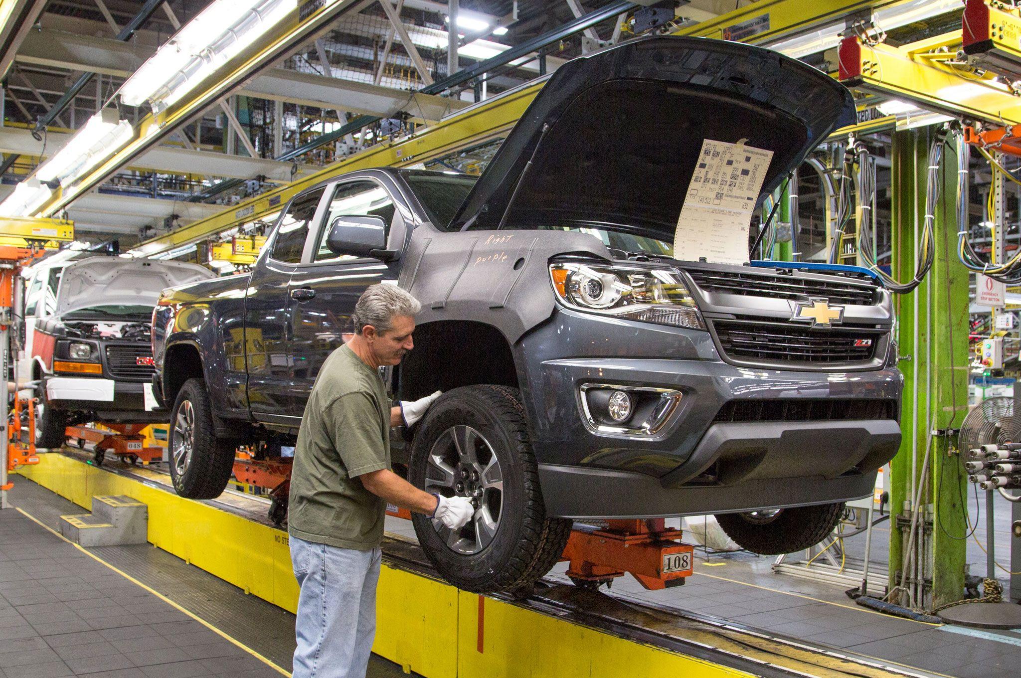 General Motors' 2017 U.S. Auto Sales Forecast Adjusted ...