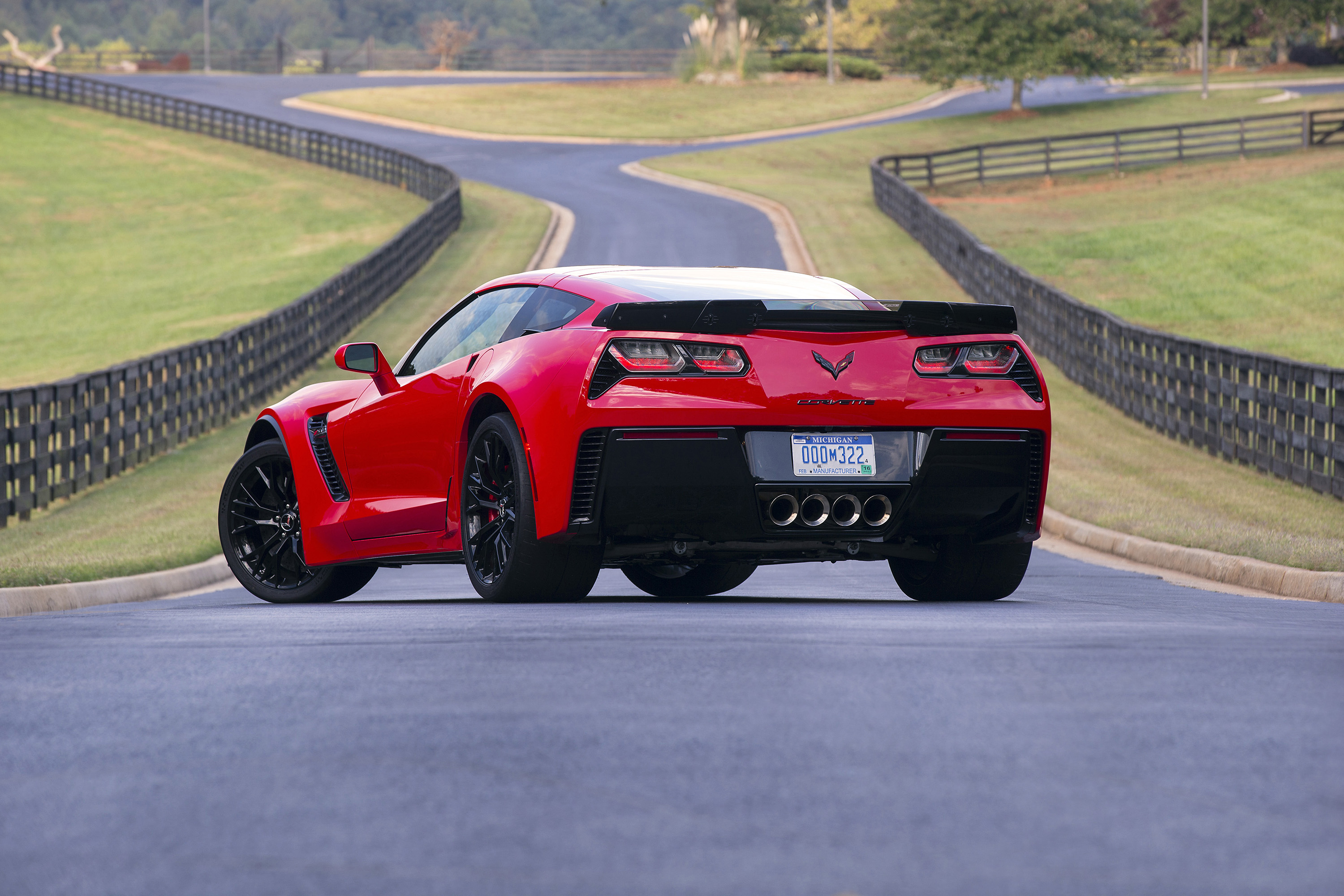 Chevrolet Offering Nearly $10,000 off of a 2017 Z06 - GM Inside News