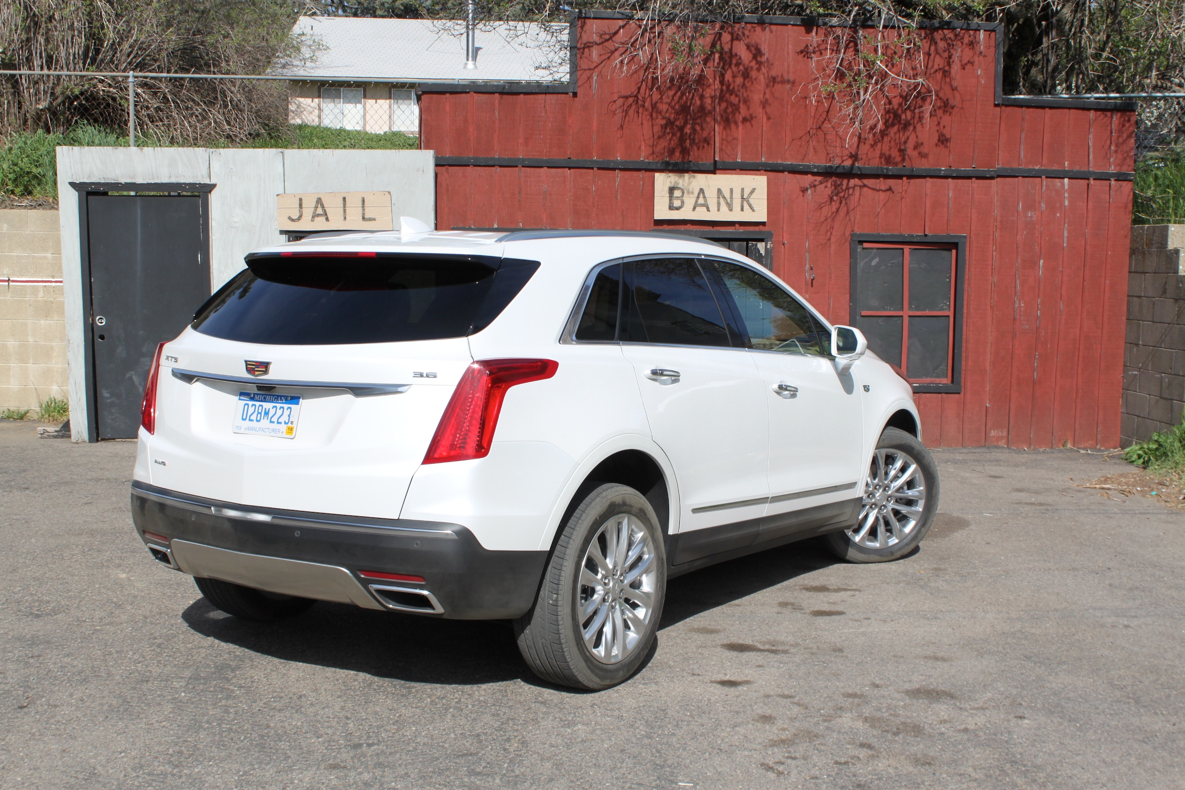 Why the D2XX Cadillac Should be a CUV... - GM Inside News