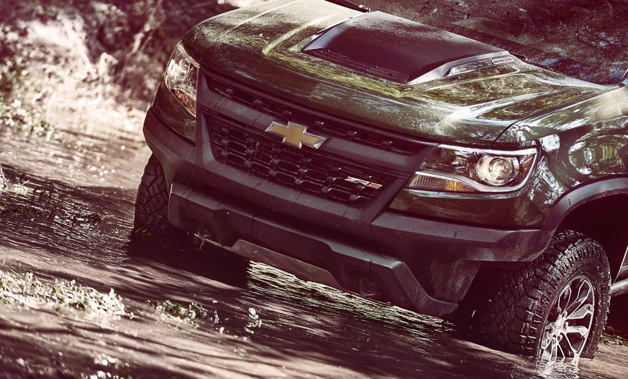 2017-Chevrolet-Colorado-ZR2-136