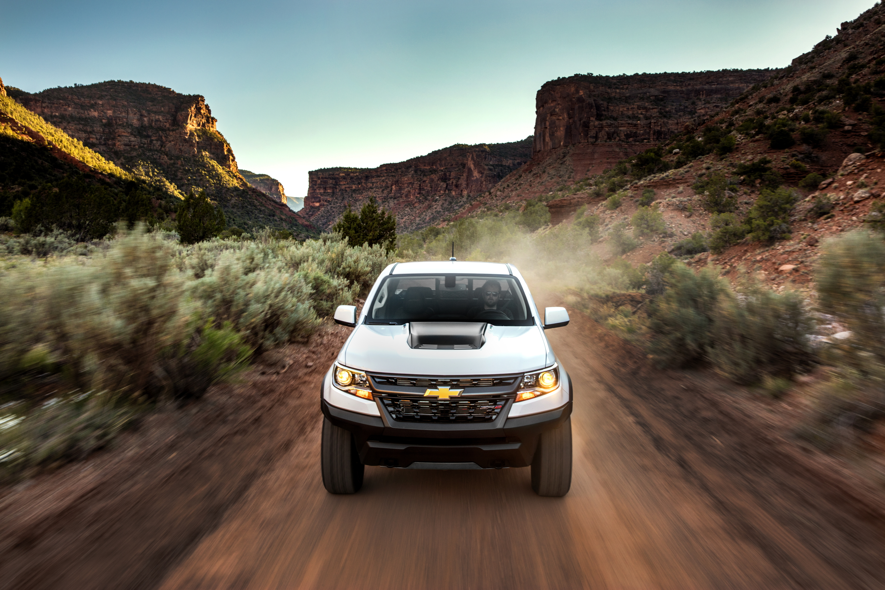 Like GM's Current Midsize Trucks? Good, Because Colorado ...