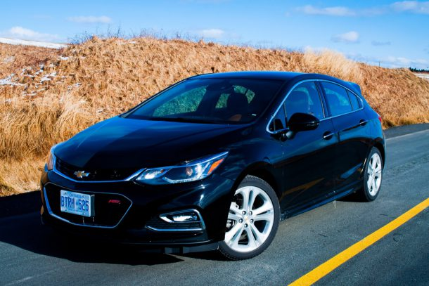 2017 chevrolet cruze hatchback premier review now can we forget about the cavalier gm. Black Bedroom Furniture Sets. Home Design Ideas