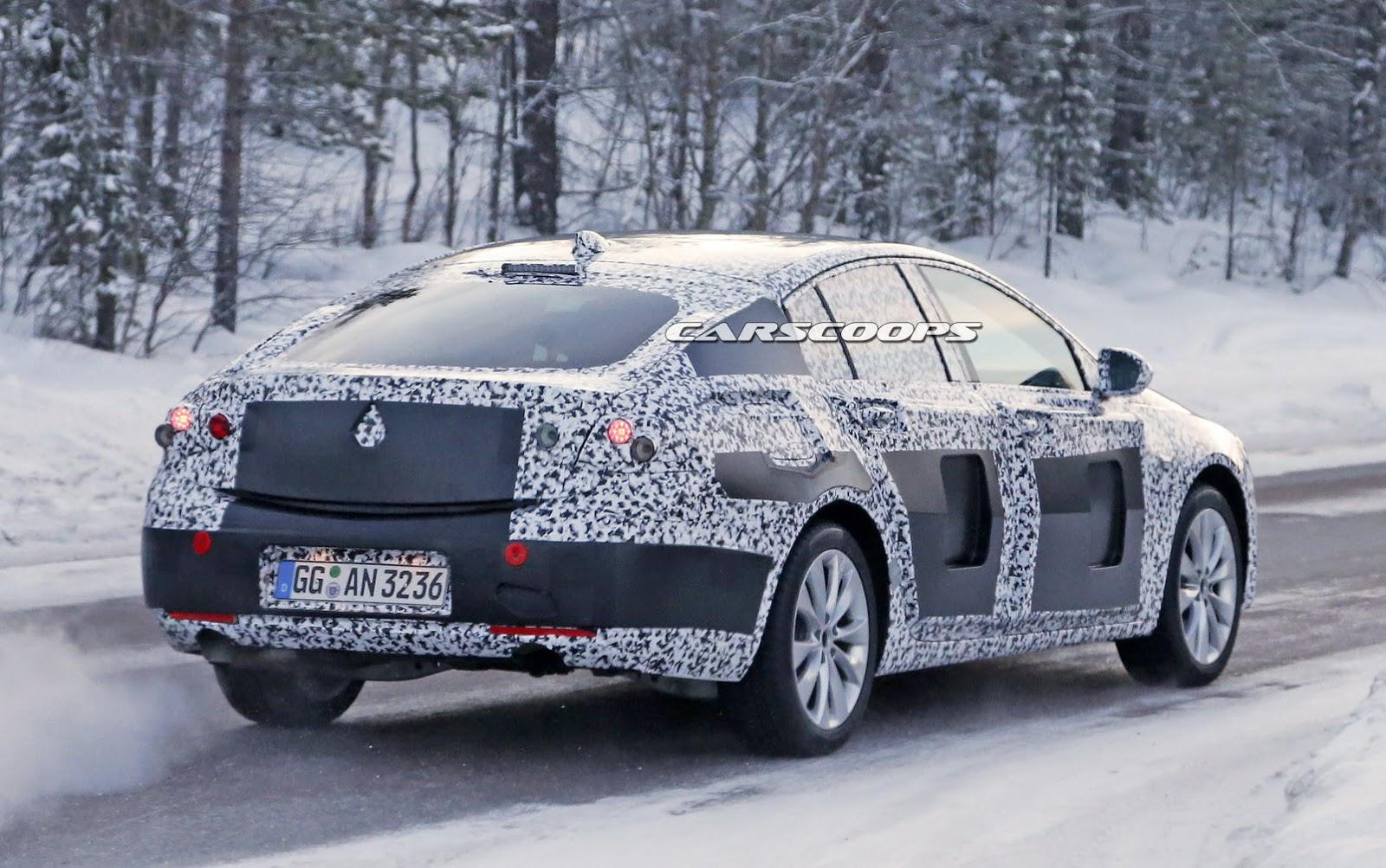 2017-Opel-Insignia-10