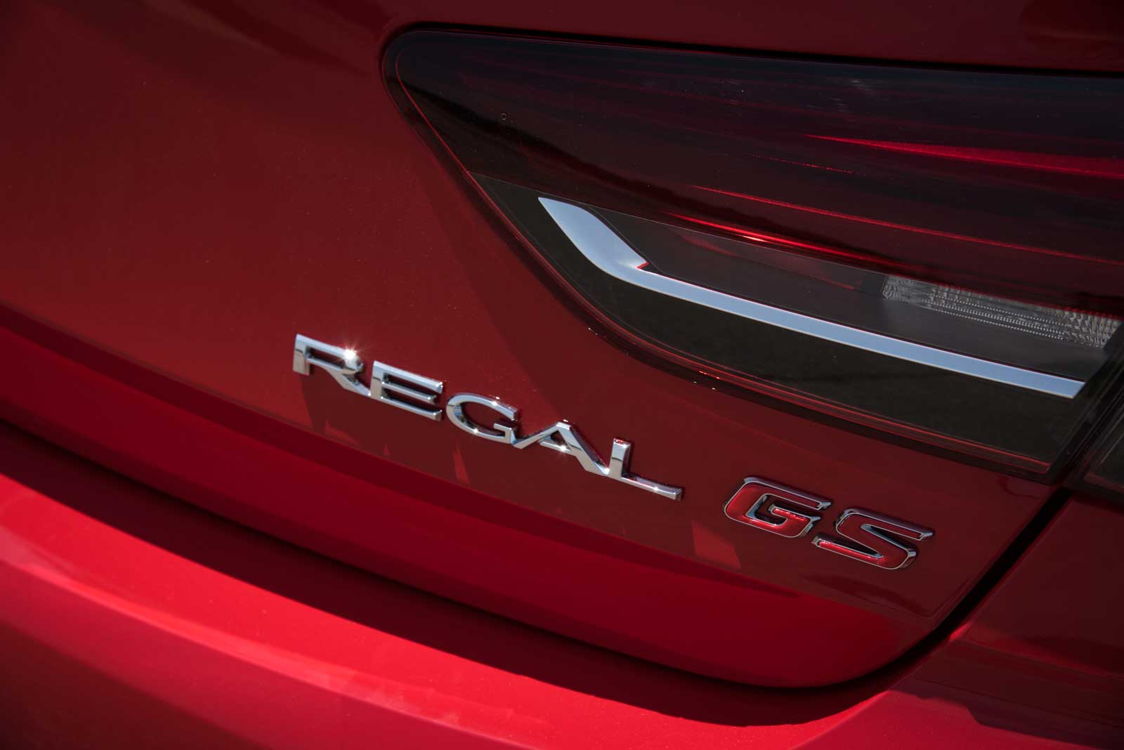 First Drive: 2018 Buick Regal GS is the Friday Night ...