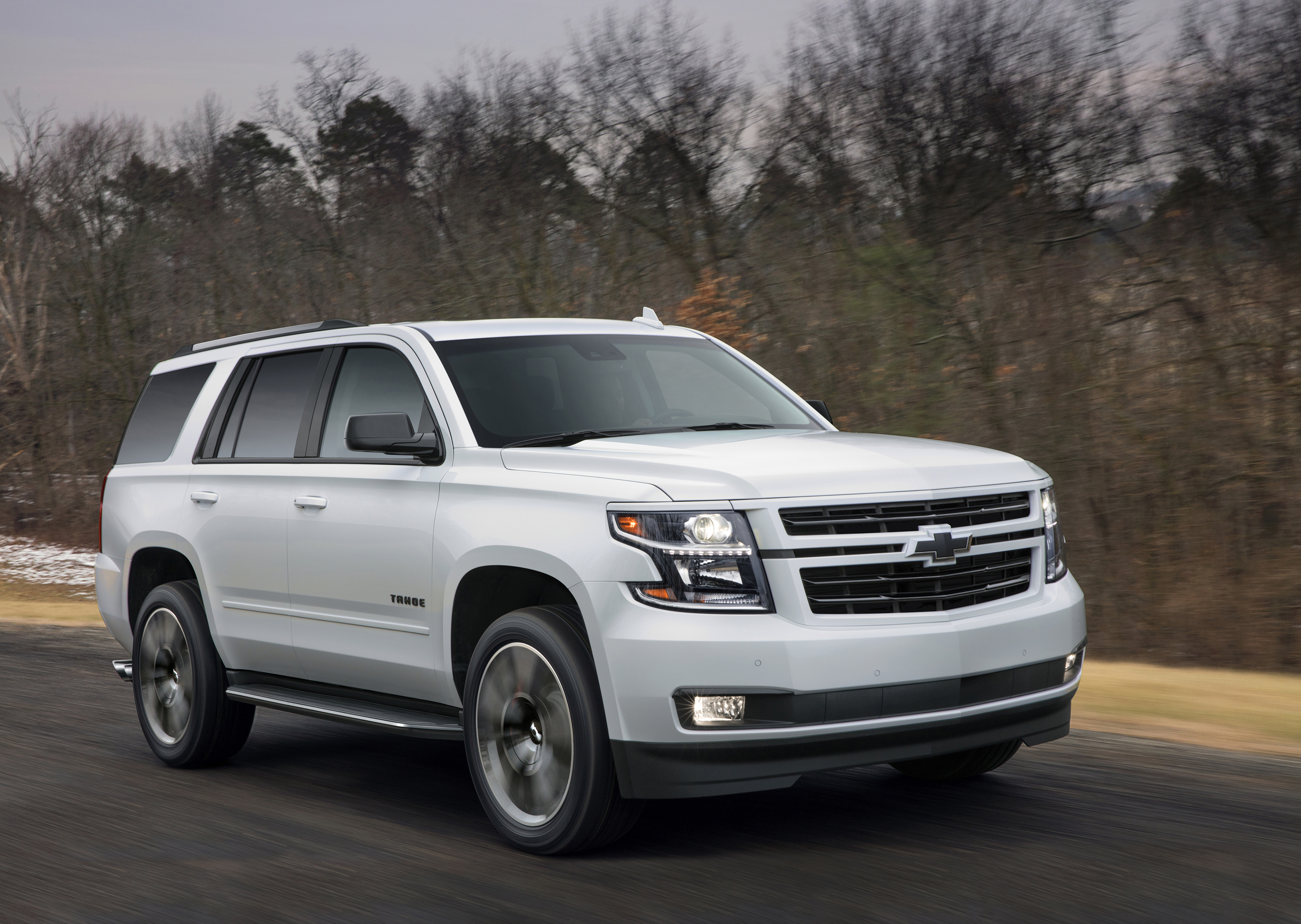 2018 Chevrolet Tahoe and Suburban RST: Hopped Up Family ...