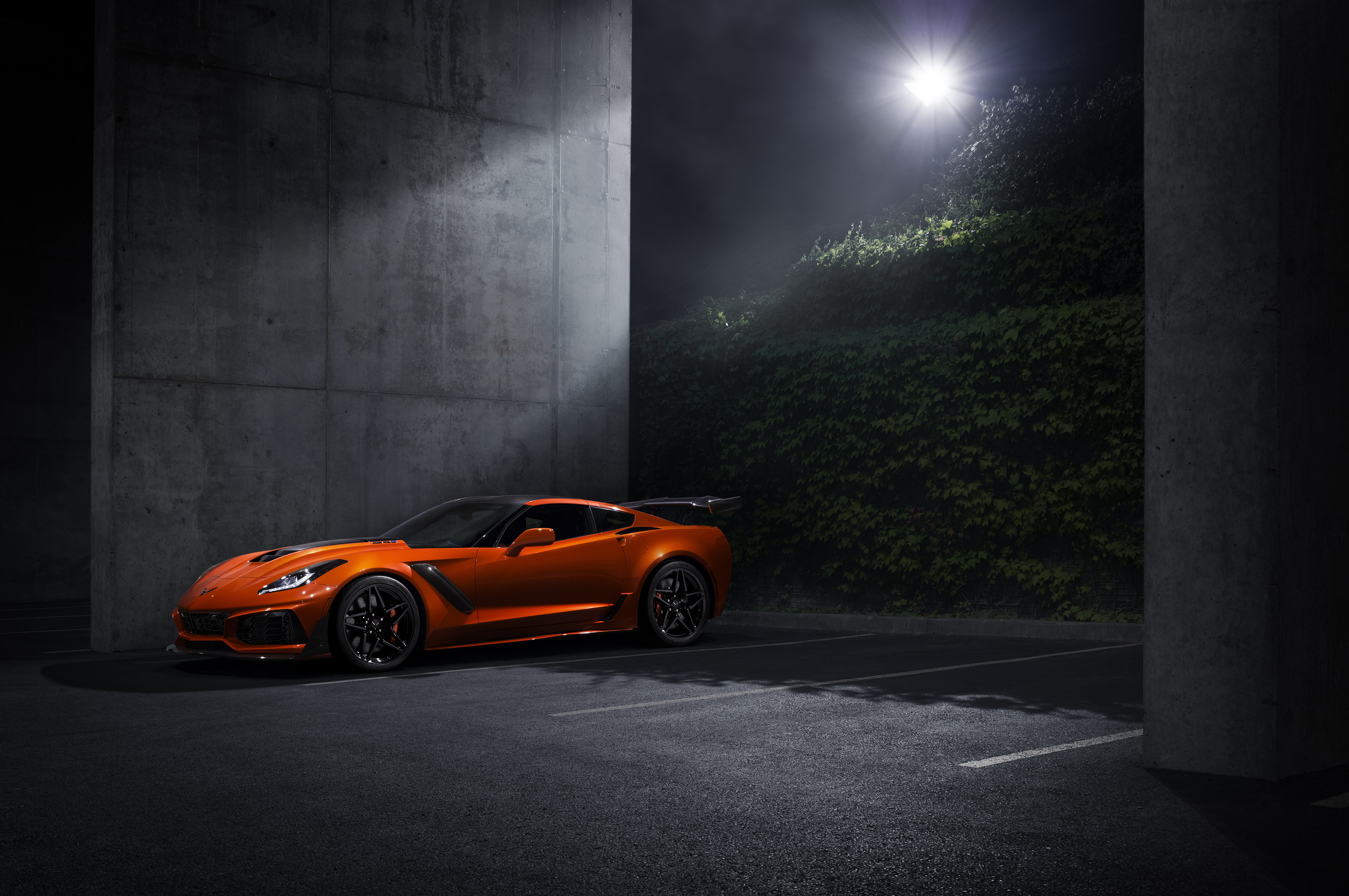 The 2019 Corvette ZR1 Has Come to Kill Many Things - GM