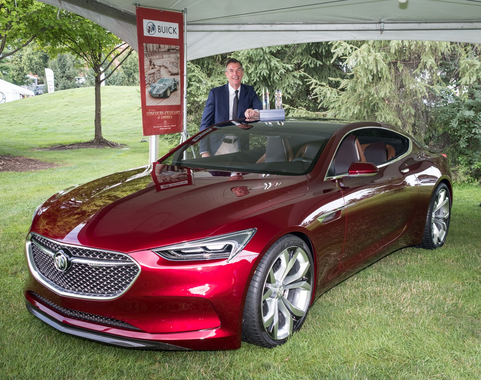 Buick Avista Named Concept Car of the Year - GM Inside News