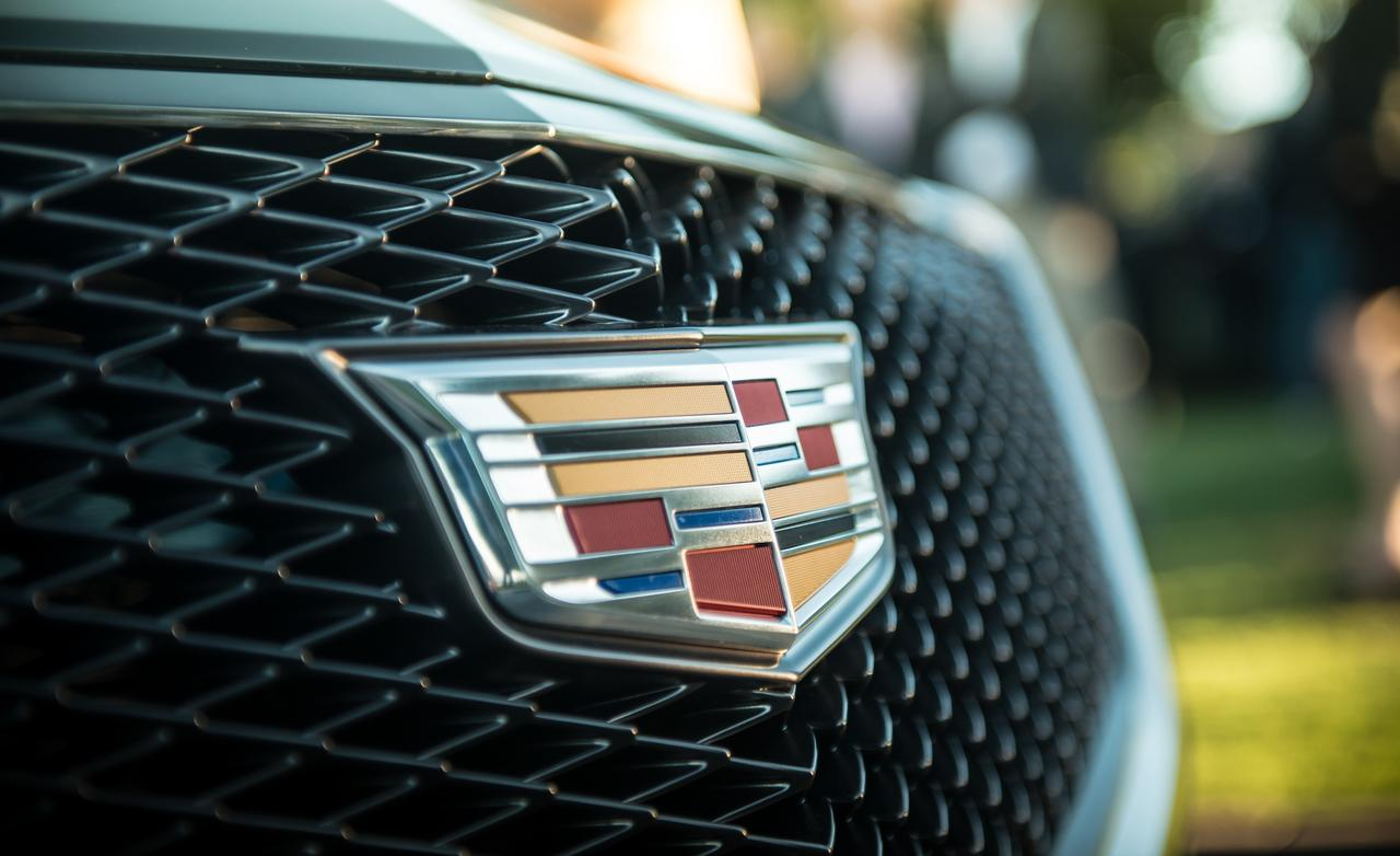 cadillac-elmiraj-concept-grille-and-badge-photo-533313-s-1280x782