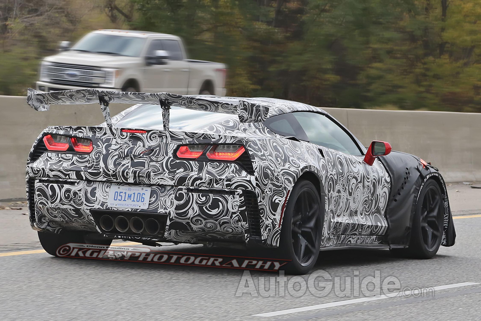 Chevy-Corvette-ZR1-Spy-Shots-11