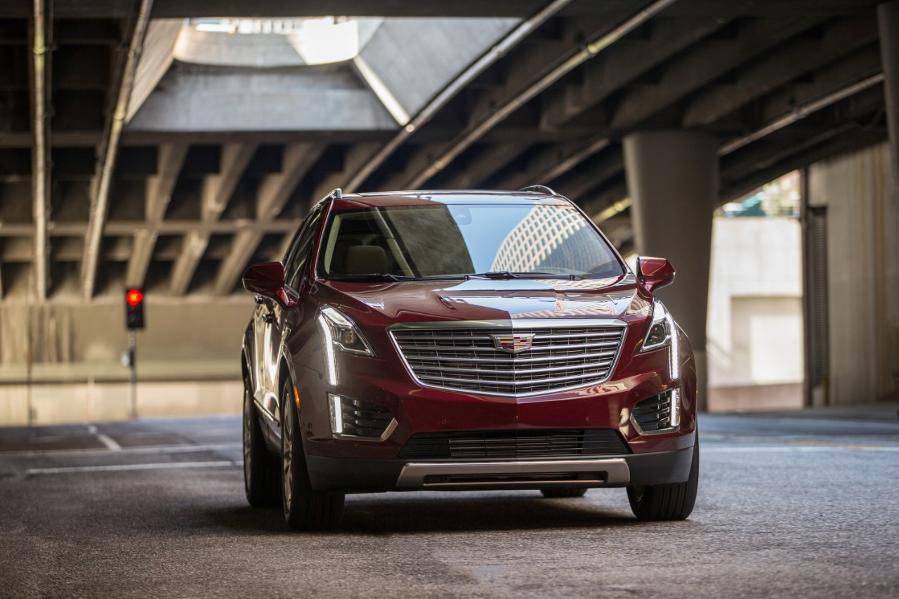 Motoman Takes Technical Look At The 2017 Cadillac Xt5 He Covers New 3 6 V6 And Points Out Some Of Key Differences In M Reducing Technology
