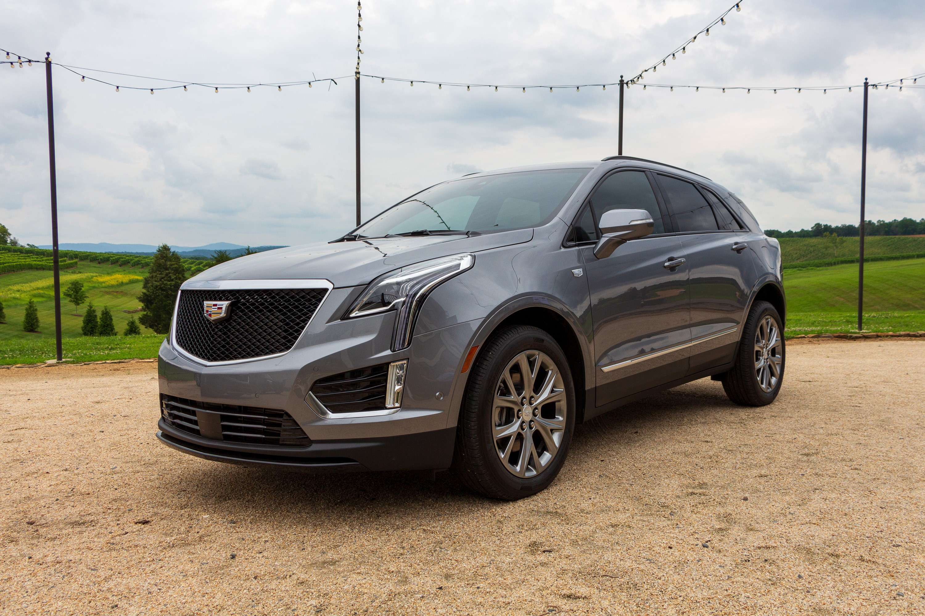 What You Need to Know About Cadillac's Refreshed 2020 XT5 ...