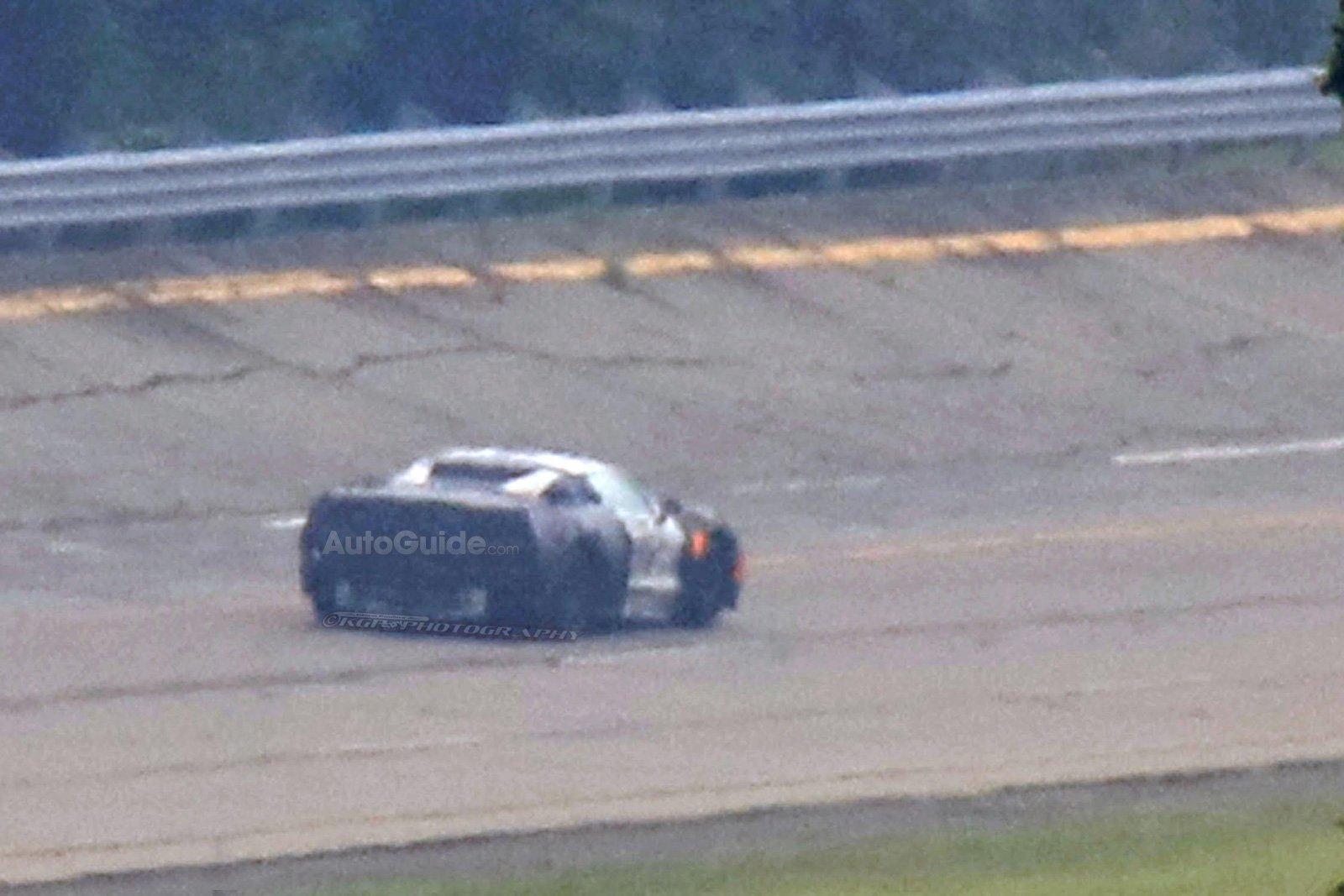 mid-engine-corvette-prototype-spy-photos-11