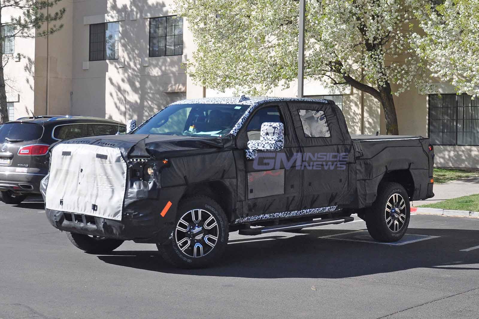 2020 GMC Sierra Denali 2500 HD Crew Cab Spied for the ...