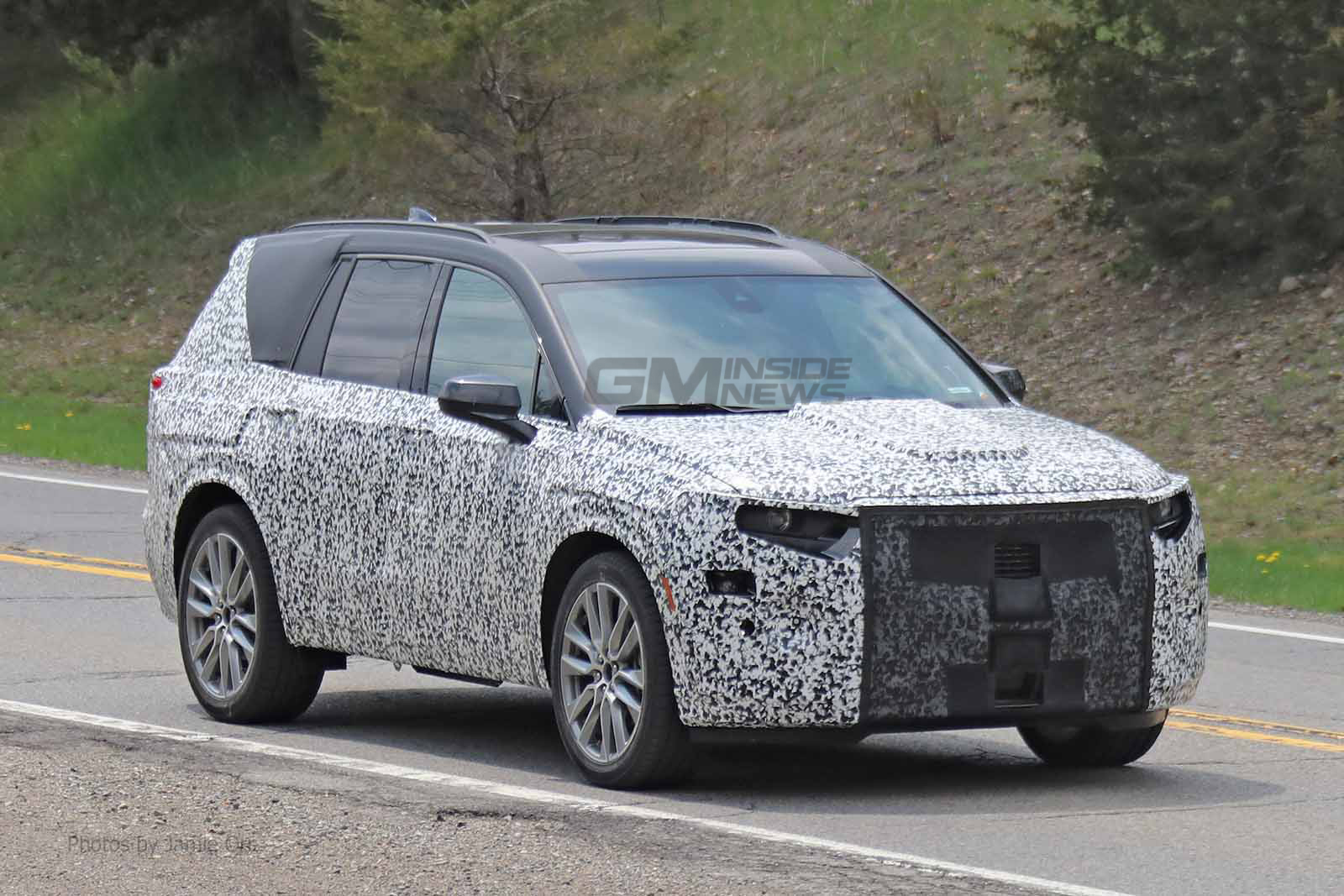 2020 Cadillac XT6 Spied Doing Another Round of Testing ...