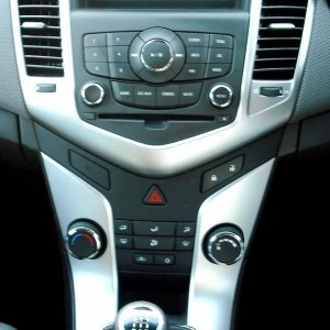 Holden Cruze Console
