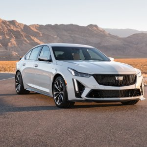 2022-Cadillac-CT5-V-Blackwing-004.jpg